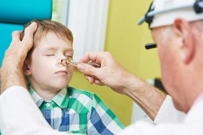 как детям промывать нос физраствором
