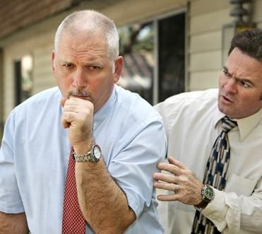 Сухой кашель может сопровождать многие болезни