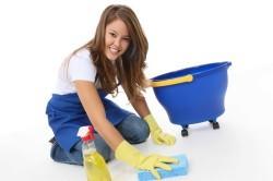 Влажная уборка в помещении
