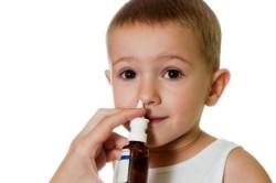 Использование детских спреев от насморка