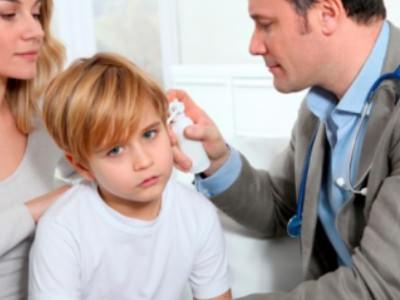 Двухсторонний отит у детей симптомы и лечение
