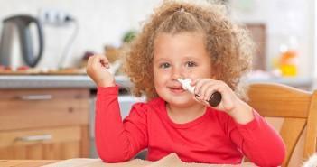 насморк у ребенка 2 года как лечить