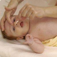 как промыть нос новорожденному физраствором