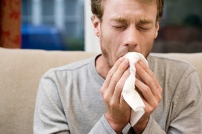Как лечить кашель с помощью молока и соды
