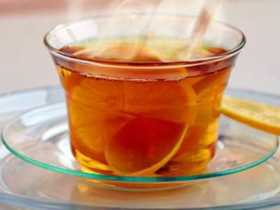 Чтобы восполнить баланс жидкости в организме, рекомендовано обильное питье.