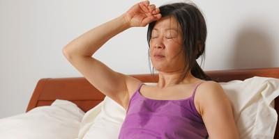Высокая температура у женщины