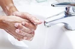 Дезинфекция рук для профилактики свиного гриппа