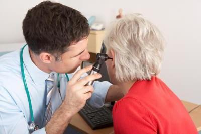 отит среднего уха симптомы