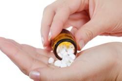 Лечение насморка медикаментами