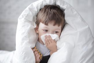 Лечение насморка у детей дома