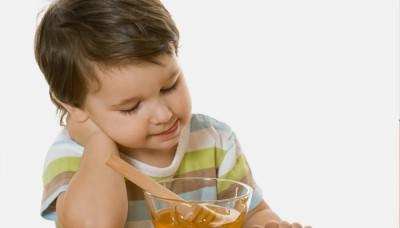 Мед от мокроты в горле у детей