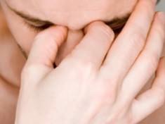 Головная боль может служить симптомом гайморита