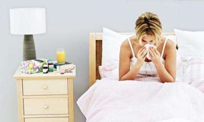 Проблема насморка у кормящей мамы