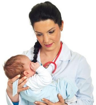 Лечение насморка у новорожденного ребенка
