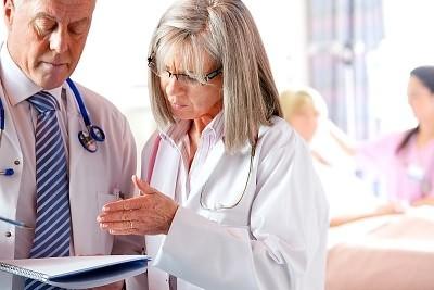 Когда нужно обратиться к врачу для предотвращения осложнений гриппа?