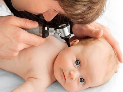 Острый катаральный отит возникает в среднем ухе