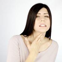 Полоскание горла при ангине содой
