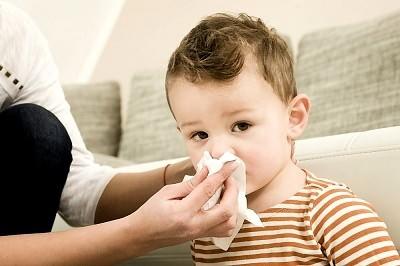 Простыл ребенок! Что делать и чем лечить простуду у детей?