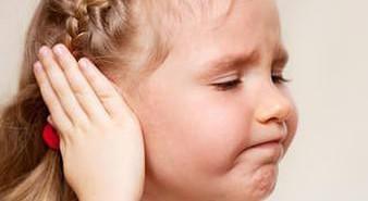 отит симптомы у ребенка