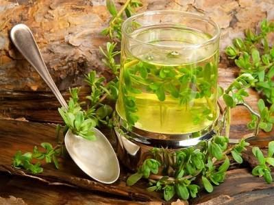 Лечение влажного кашля следует дополнять теплым питьем