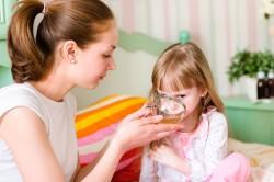 Обильное питье ребенка при лечении насморка