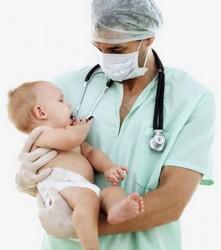 Пневмония у недоношенных новорожденных: почему случается, основные причины, симптоматика, особенности диагностики, способы лечения, последствия и возможные осложнения