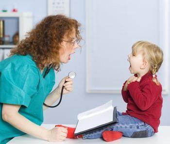 заразна ли пневмония для окружающих