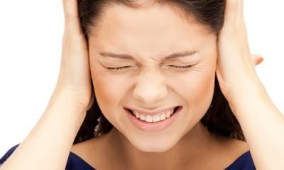 Заложенность в ушах в результате насморка