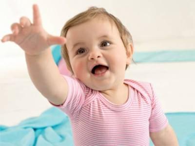 Болит горло у годовалого ребенка чем лечить